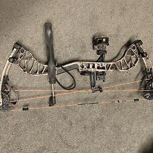 Bear Archery Divergent EKO Compound Bow