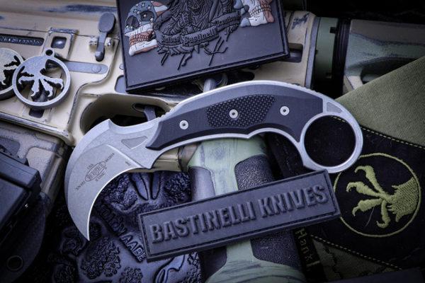 ICONIC Karambit Fixed Blade Stonewash 1 600x400 - Microtech/Bastinelli ICONIC Karambit Fixed Blade Stonewash 118-10R