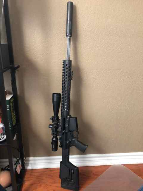 cuxtom - NICE CLEAN SAVAGE MODEL 10 IN 308 WINCHESTER. THREADED BARREL. ACUTRIGGER.
